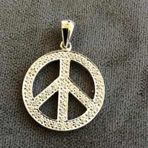 Jewelry - 14kt peace sign